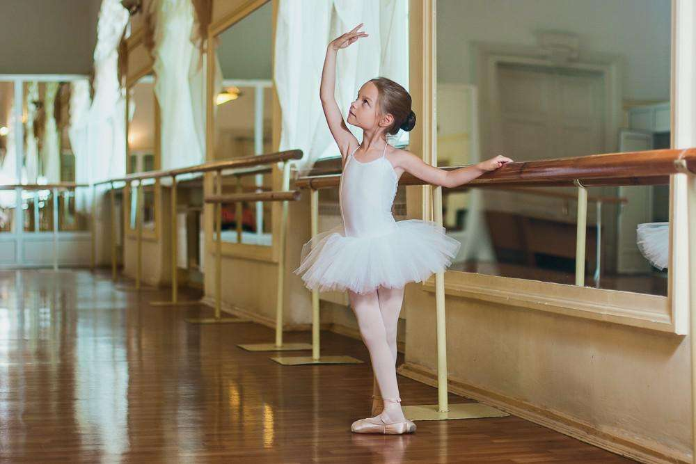 Анимашки, картинки о танцах и хореографии
