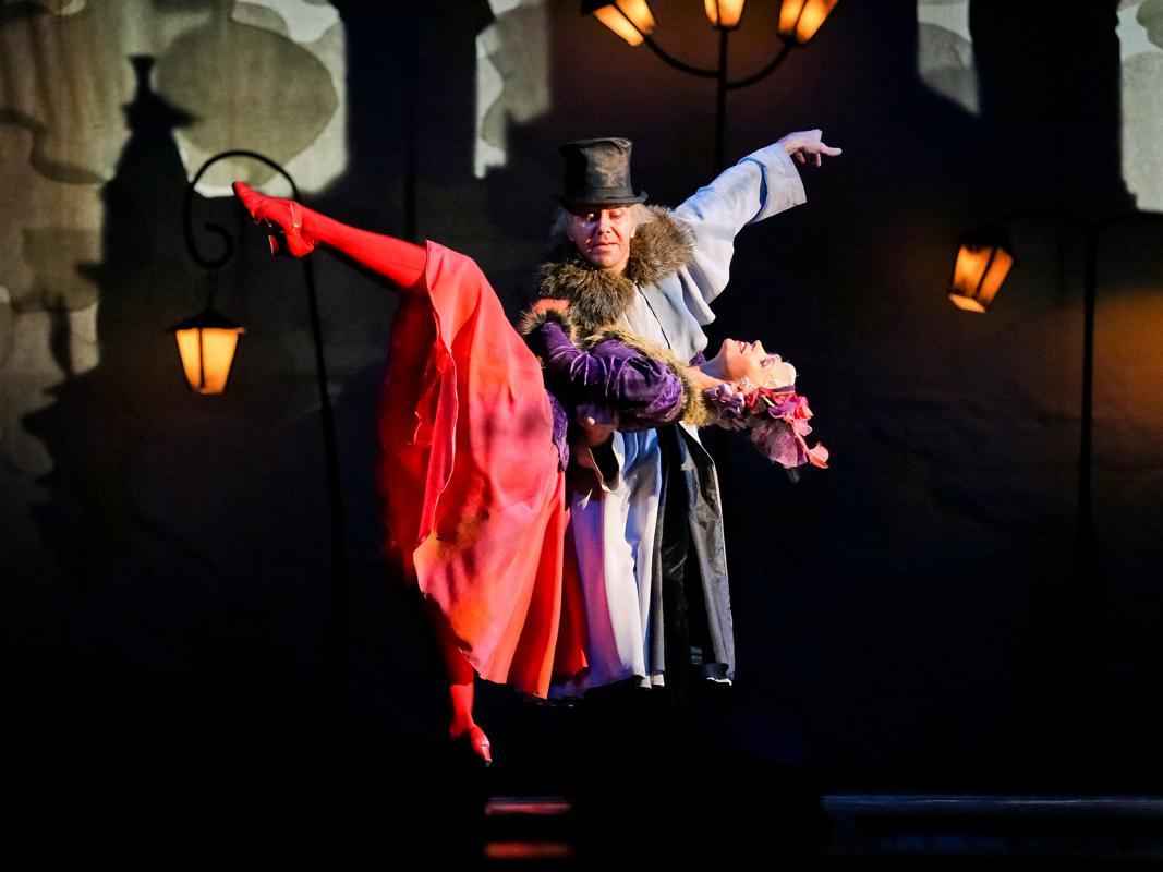 Омский музыкальный театр афиша ноября купить билет на концерт хлеб уфа